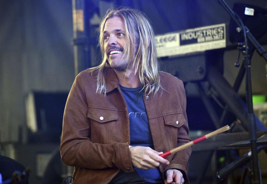 Taylor Hawkins Rides the Coattails of Some of His Friends