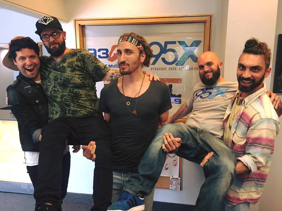 Magic Giant Performs in the 95X Sound Lounge, Chats With dXn