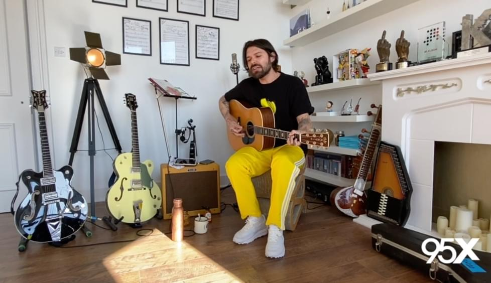 [WATCH] Biffy Clyro gives exclusive acoustic set | 95X Live Session