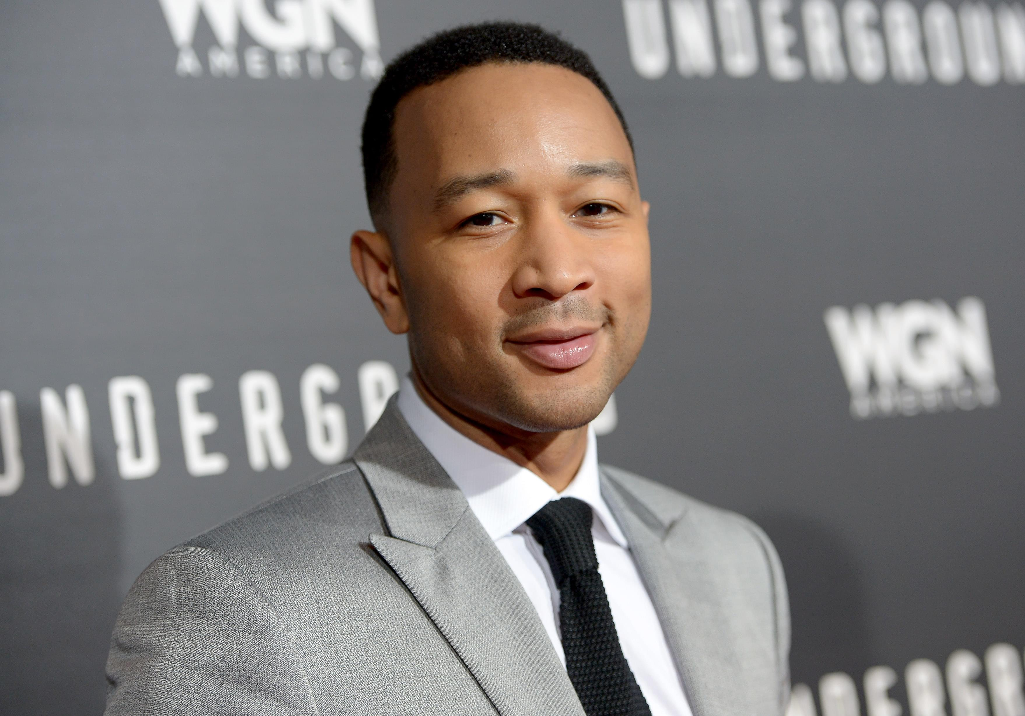 [WATCH] John Legend performs live from home