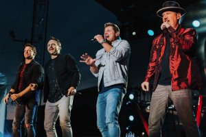 [Photo Gallery] 98 Degrees @ the NYS Fair