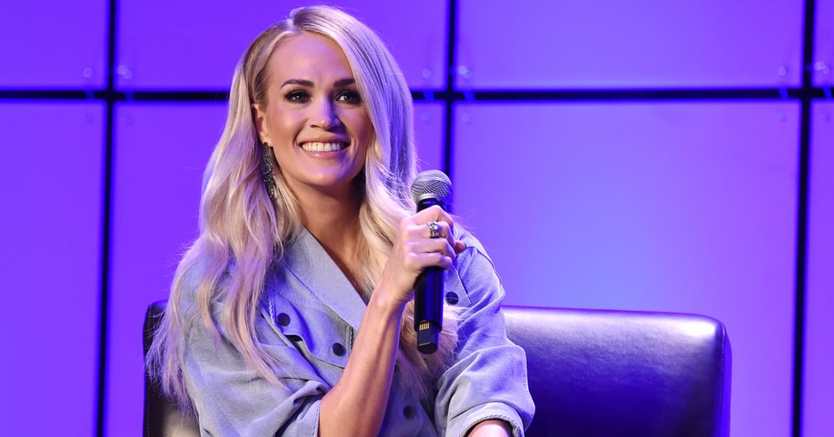 "With Upcoming Christmas Album, Carrie Underwood Says She Wants to Give Her Gift of Music ""Back to Jesus"""