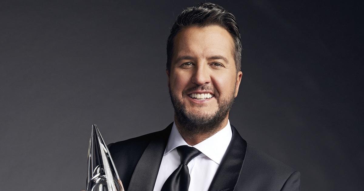 Luke Bryan Named Host of The 55th Annual CMA Awards