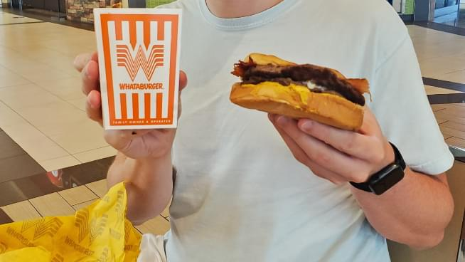 Texas Burger Chain Whataburger Will Open a Roaming Food Truck in 2021