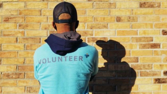 50 Volunteers Needed For Menards NHRA Nationals