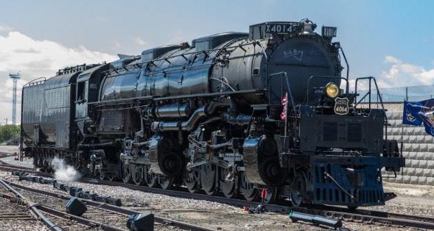 Big Boy Locomotive Stopping in Topeka