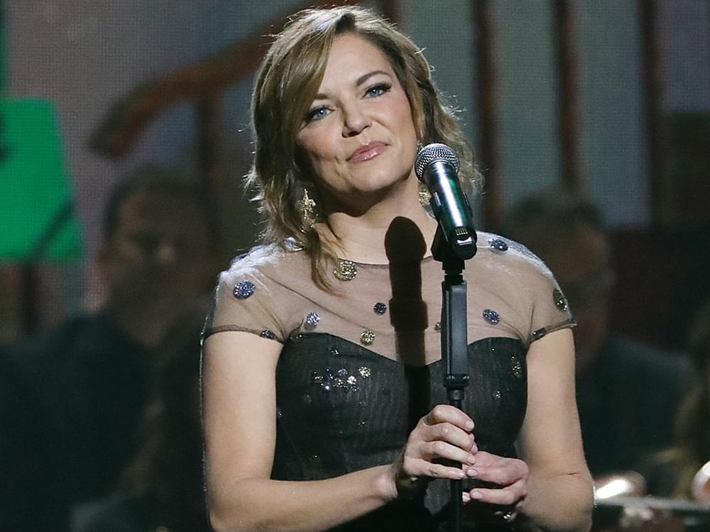 "Martina McBride Pens Heartfelt Remembrance After Mother's Death: ""She Taught Us How to Be Strong"""