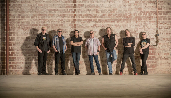 Kansas' Lead Singer Ronnie Platt Talks The Band, The Leftoverture Tour, & More