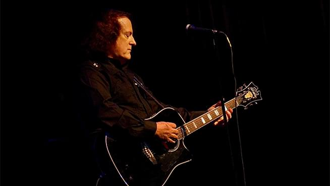 Tommy James & The Shondells Take Over Prairie Band