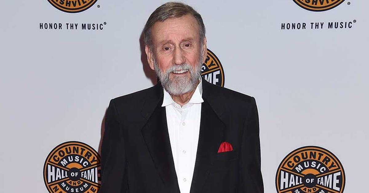 Ray Stevens to Reopen His CabaRay Showroom on Oct. 1