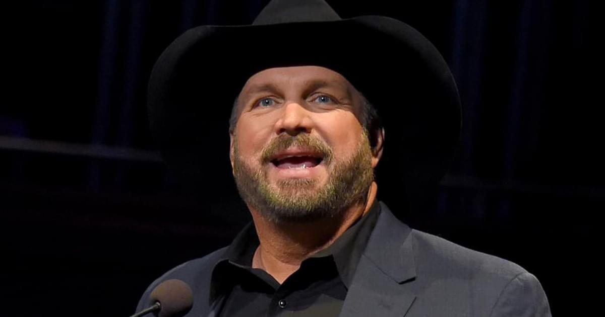 "Garth Brooks Hoping New ""Fun"" Album Will Celebrate a Little Bit of ""Healing Through Music"""