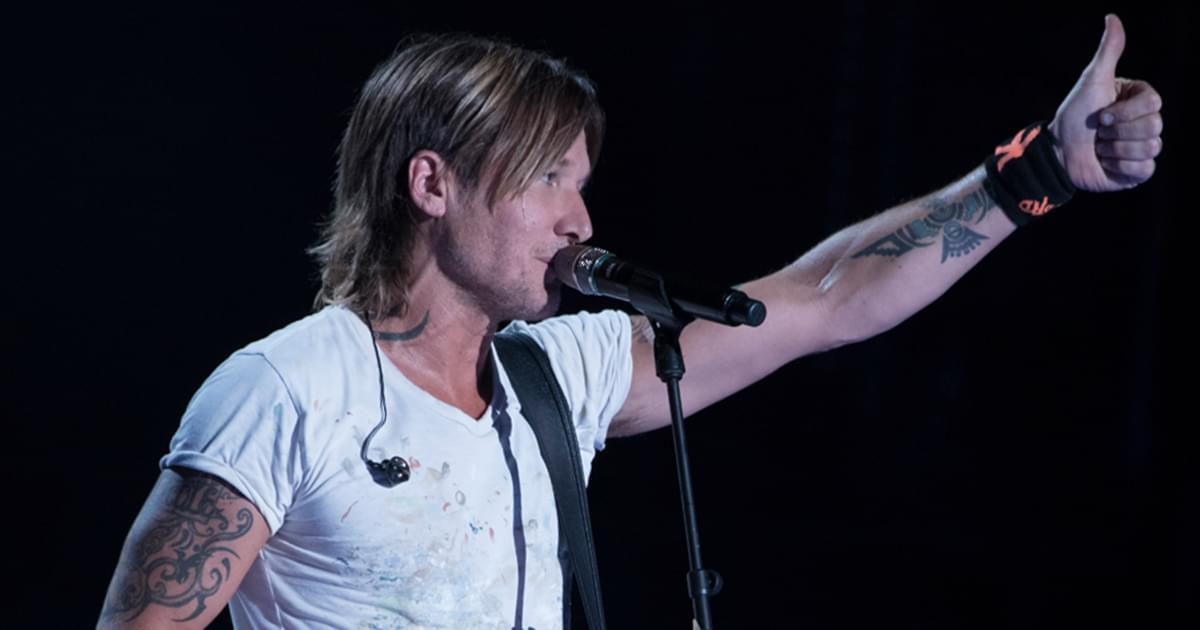 Random Jam: Keith Urban Once Joined Jimmy Buffett Onstage in the Caribbean for an Impromptu Performance