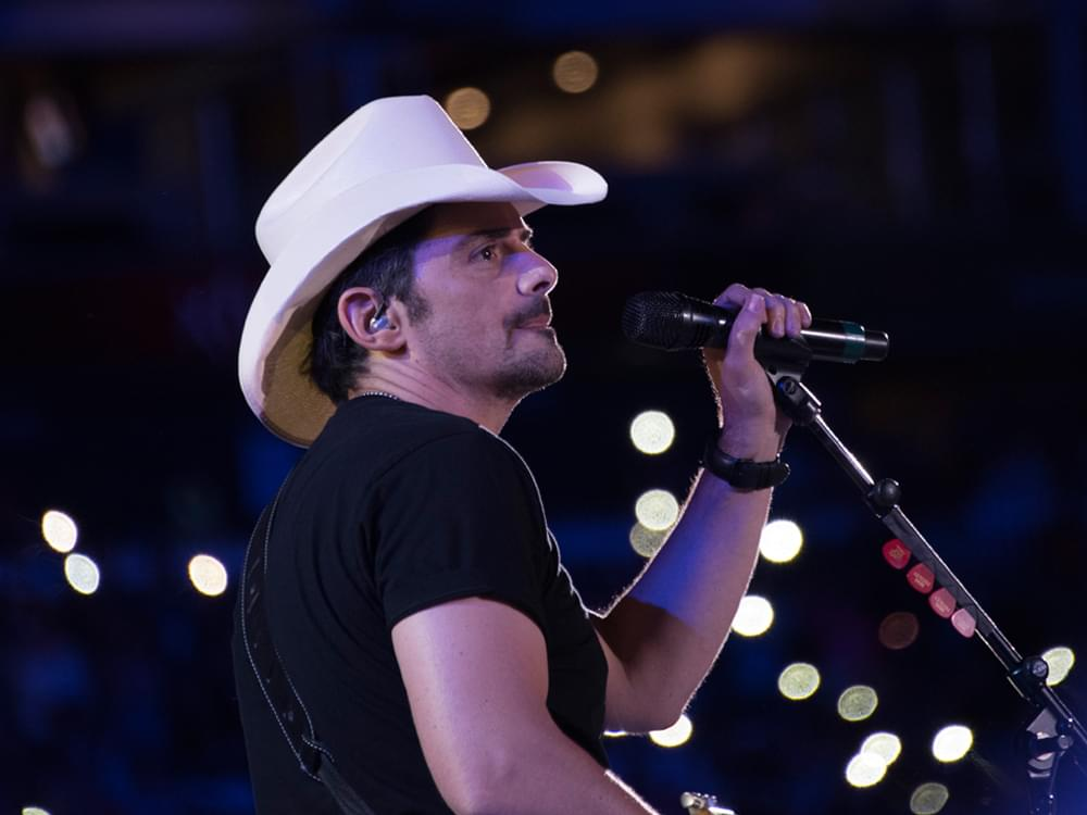 """Brad Paisley's """"Free Grocery Store"""" in Nashville Now Serving the Area With Delivery to Elderly"""