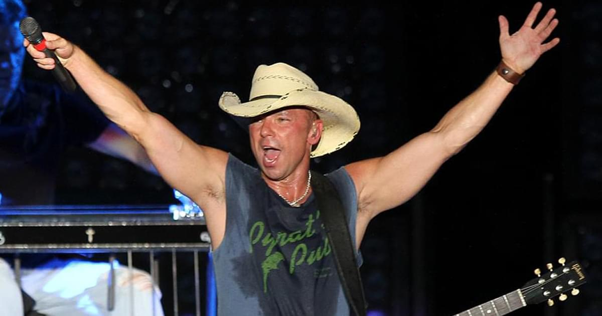 """Kenny Chesney Releases Friendly New Single, """"Happy Does"""" [Listen]"""