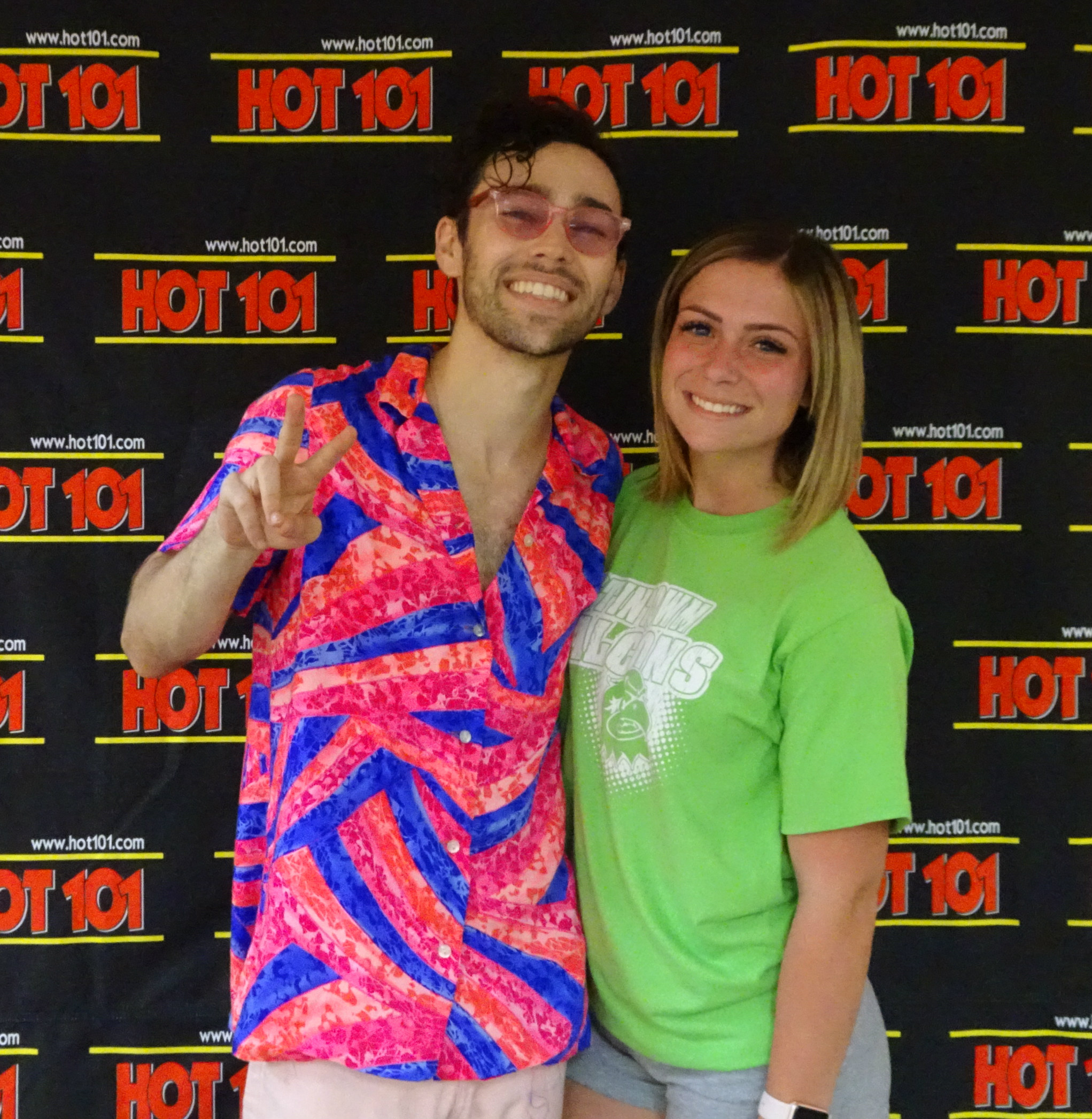 HOT 101 Artist Encounter with Max.