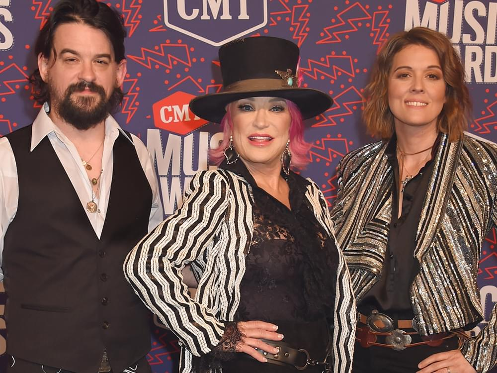 "Watch Tanya Tucker Perform ""Hard Luck"" on ""Ellen"" With Brandi Carlile & Shooter Jennings"