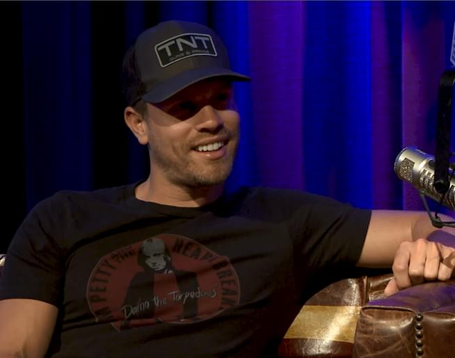 Kix TV: Dustin Lynch (2018)