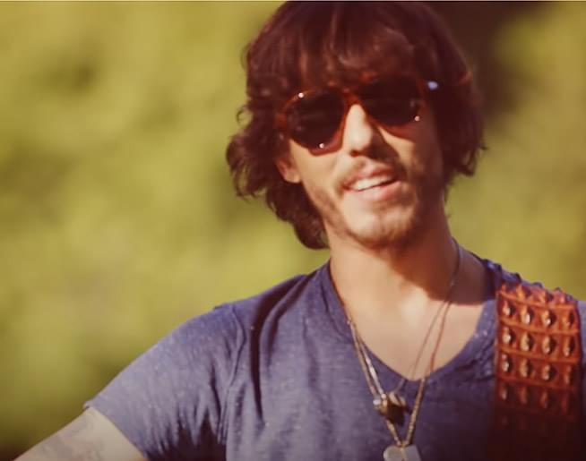 "The Song Remembers When: Chris Janson – ""Buy Me A Boat"""