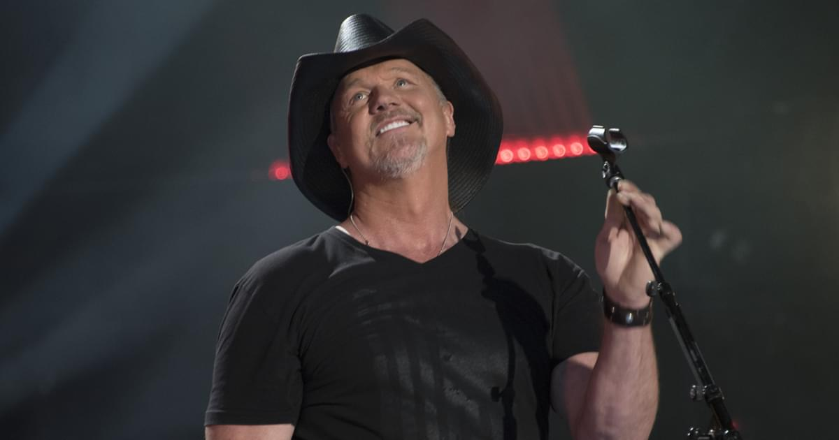 "Watch Trace Adkins Host Festive Free-For-All With Friends, Food & Fireworks in New Video, ""Just the Way We Do It"""