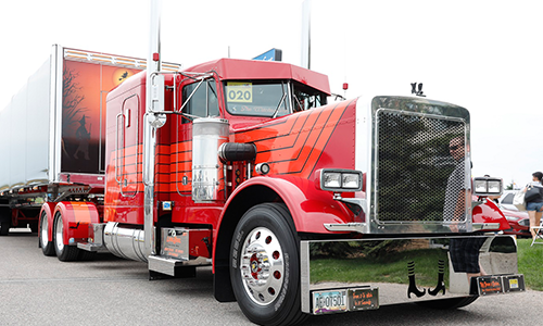 Theresa S. DeSantis Wins Best of Show at 37th Annual Shell Rotella® SuperRigs