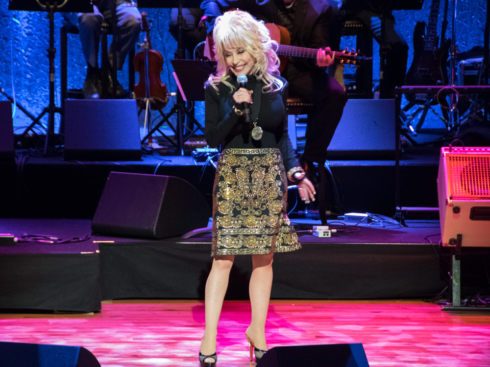 "Watch Dolly Parton Perform ""Dumb Blonde"" at the Hall of Fame Medallion Ceremony"
