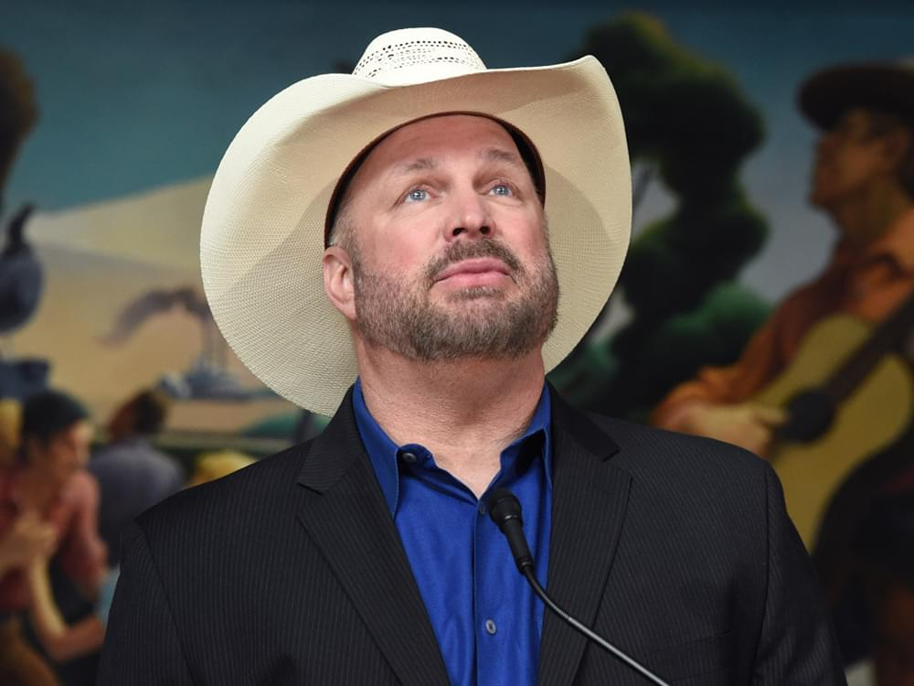 "Garth Brooks Named Recipient of Inaugural ""George H.W. Bush Award"" for Philanthropy: ""This Is an Honor"""