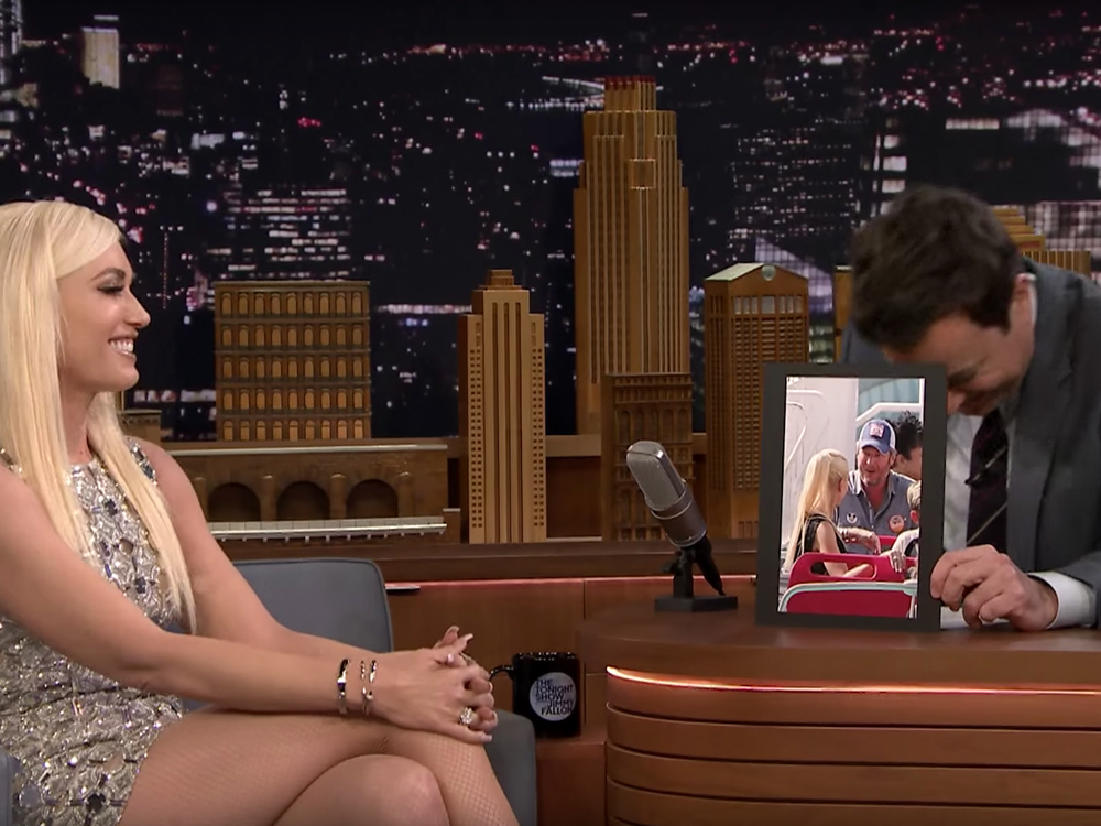 """Sushi, Space Mountain & Shelton: For Four Minutes on """"Jimmy Fallon,"""" All Gwen Stefani Talks About Is Blake"""