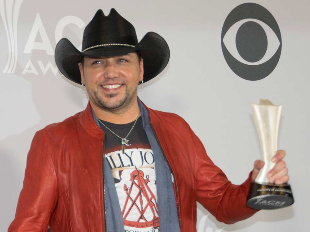 With Back-to-Back ACM Entertainer of the Year Awards, Jason Aldean Joins an Exclusive Club