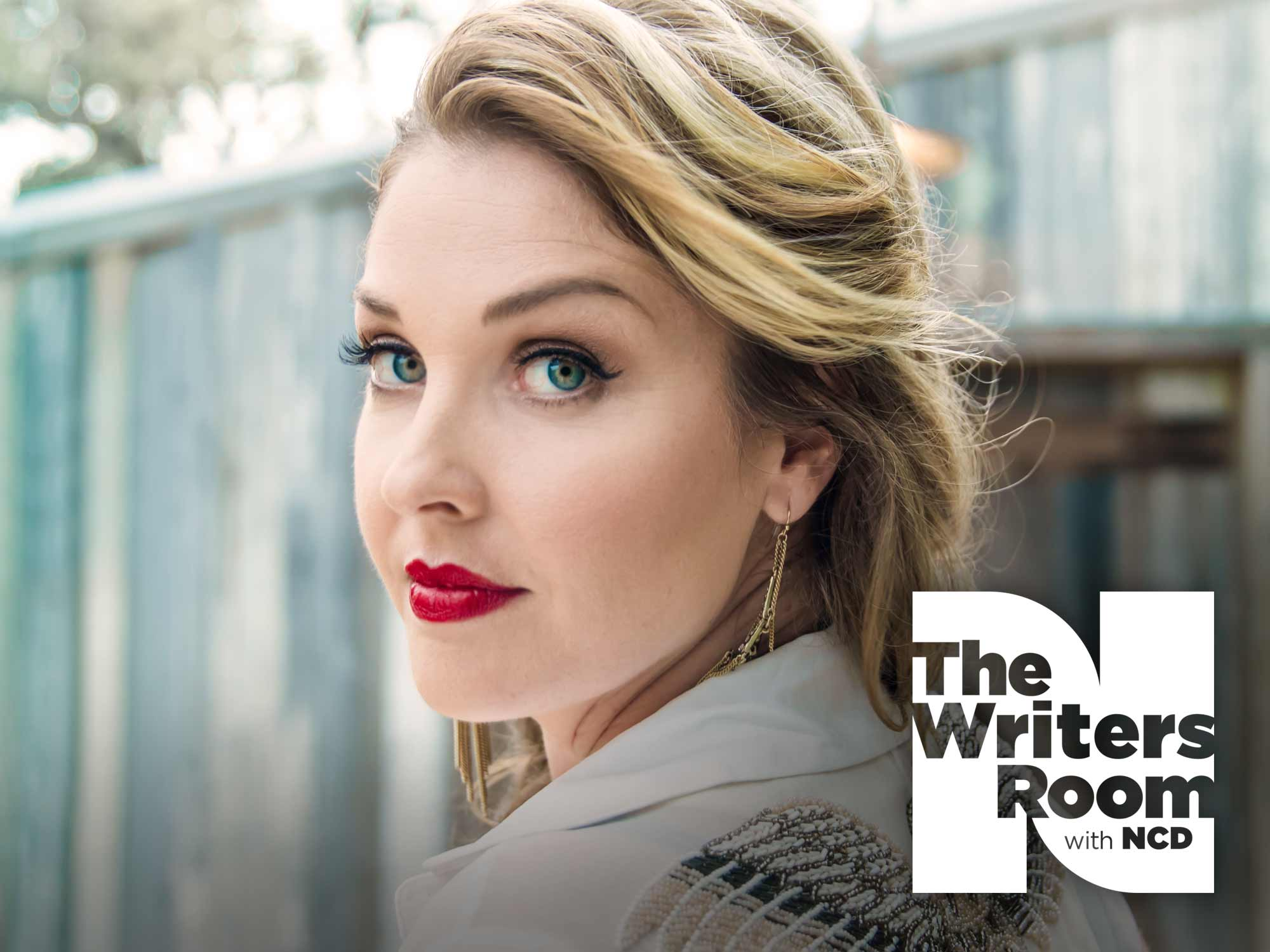 """Sunny Sweeney Talks Sarcasm and Songwriting, Helping People Through Music and New Album, """"Trophy"""""""