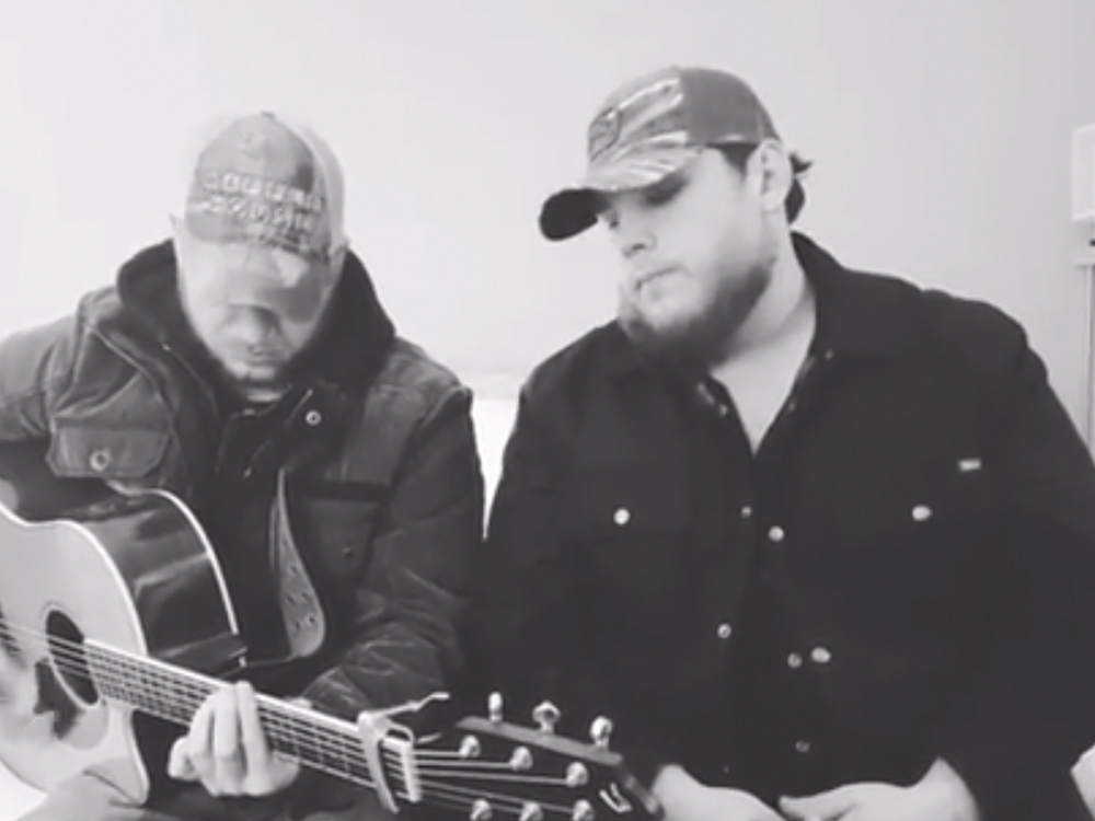 "Watch Luke Combs Cover Keith Urban's ""Blue Ain't Your Color"""