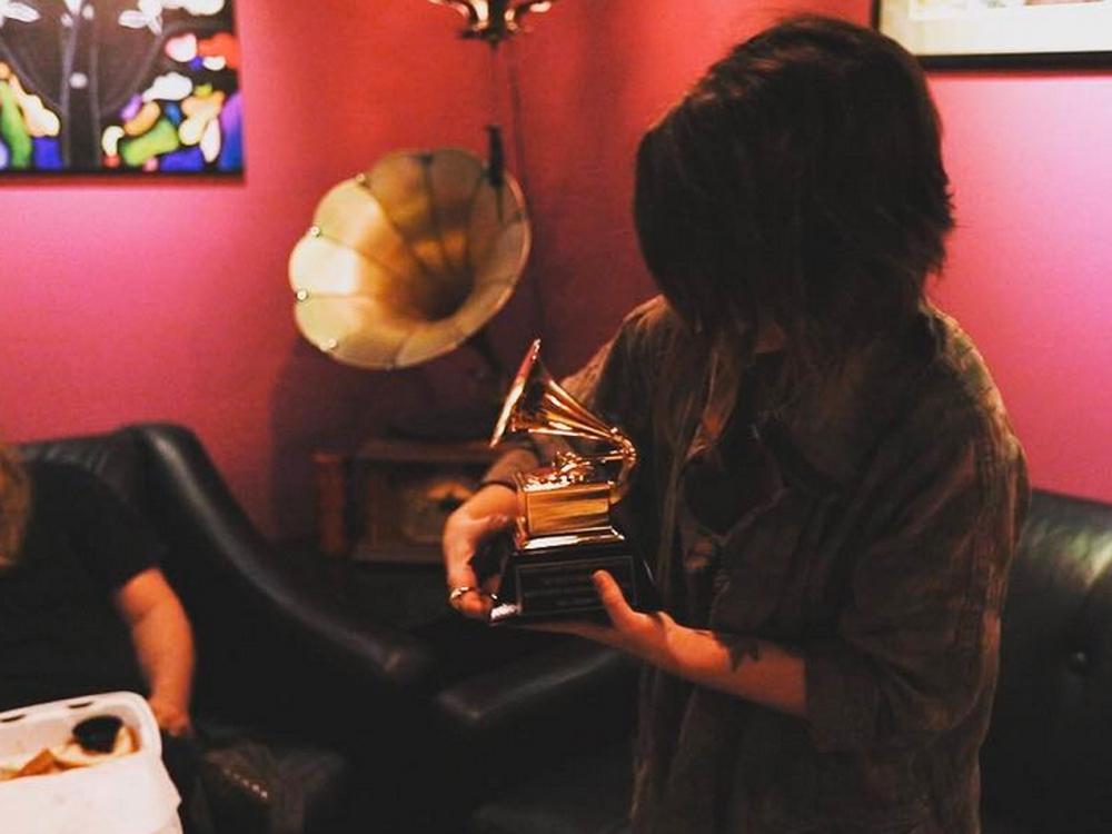 BBQ & Grammy—That's What Maren Morris Does