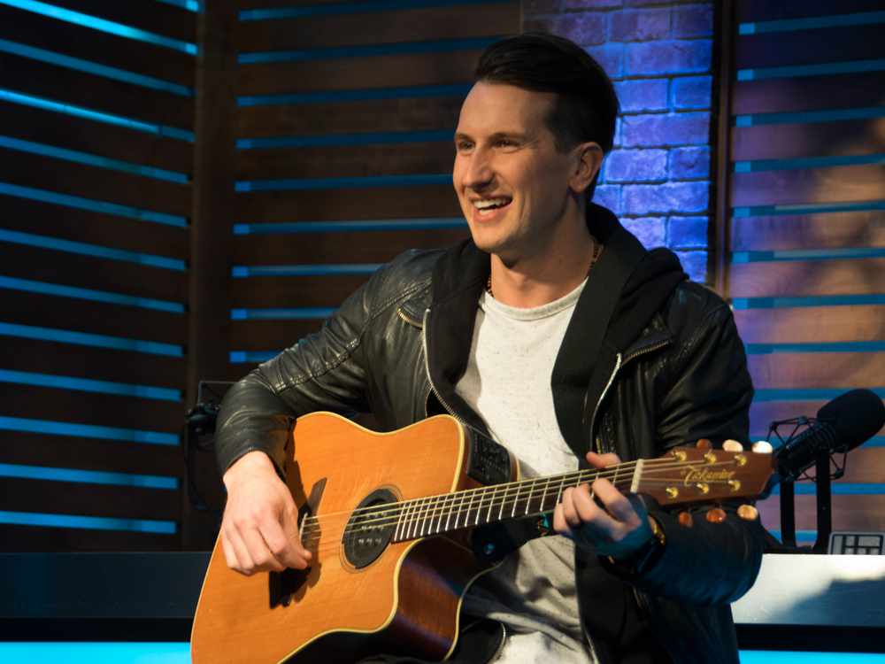 "Russell Dickerson Tops the Country Charts With ""Blue Tacoma"""
