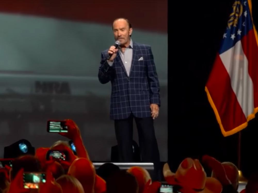 "Big Bang: Lee Greenwood Tweaks His Anthemic Tune to ""God Bless the NRA"""