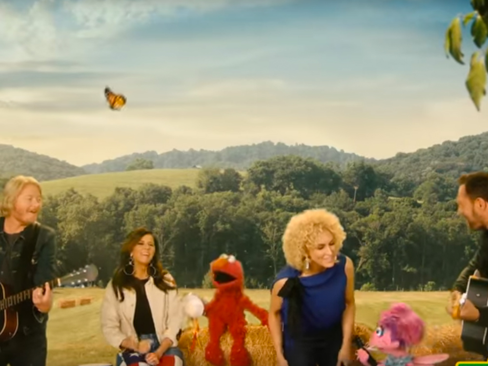 Watch Little Big Town Team With a Bunch of Muppets for Educational Ditty