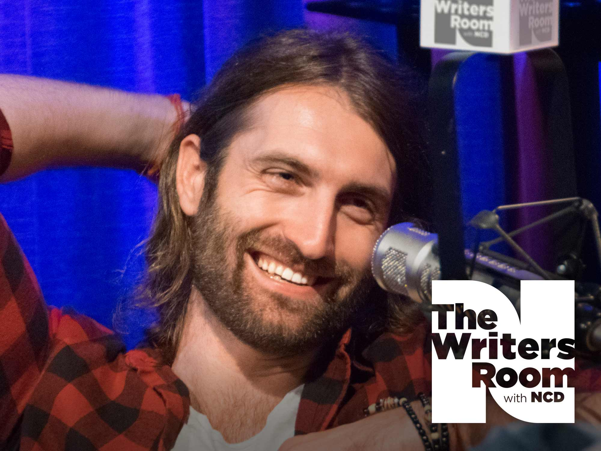 "Ryan Hurd Talks Writing Hits for FGL, Dierks Bentley, Blake Shelton, Lady Antebellum & More, His Upcoming Debut Album and New Single, ""Love In a Bar"""