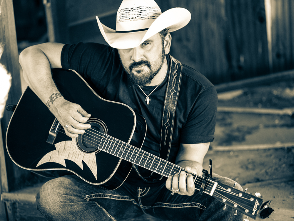 "Exclusive Premiere: Listen to Ray Scott's ""Put Down That Gun"" From Upcoming Album, ""Guitar For Sale"""