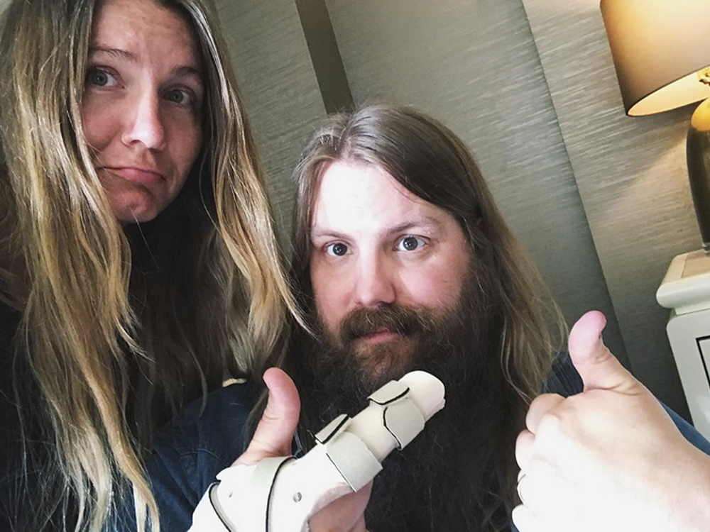 UPDATED: Chris Stapleton Cancels Upcoming Tour Dates Due to Broken Hand