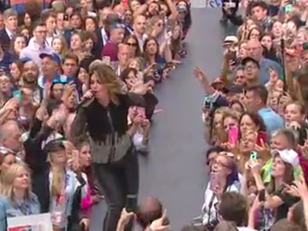 """Watch Shania Twain Sing """"That Don't Impress Me Much,"""" """"Man! I Feel Like a Woman!"""" New Single, """"Life's About to Get Good,"""" & More on """"Today"""""""
