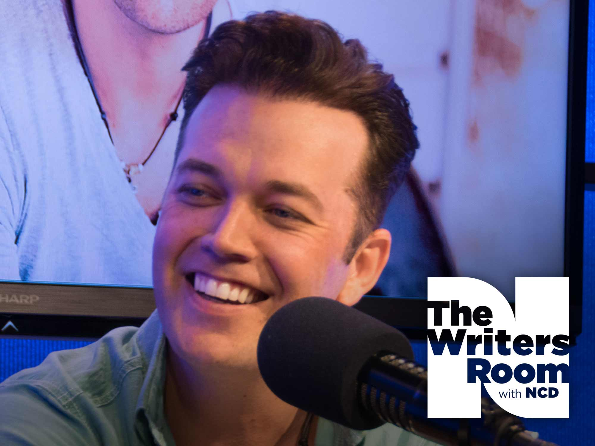"""Lucas Hoge Talks Growing Up In Nebraska, Playing for the Troops, Upcoming Album, New Single, """"Dirty South,"""" and More"""