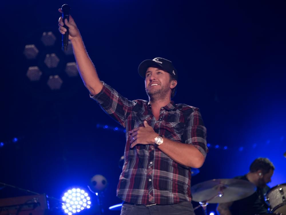 Luke Bryan Announces Supporting Acts for His 9th Annual Farm Tour