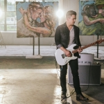 """Watch Hunter Hayes Use the Power of Music for Good in Charitable New """"Rescue"""" Video"""