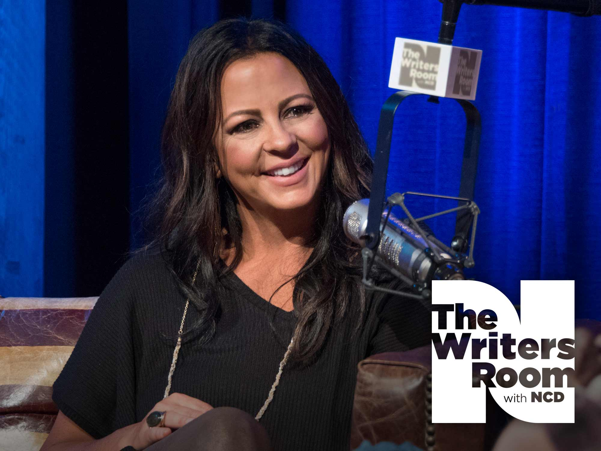 "Sara Evans Talks Career Highlights, Being a Woman in Today's Male-Dominated Industry, New Album, ""Words,"" & More"