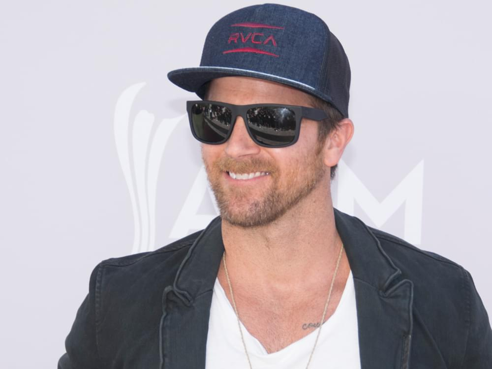 "Kip Moore Says Upcoming Record Gives Fans a ""Sense of Where I've Been at for the Last Year in My Life"""