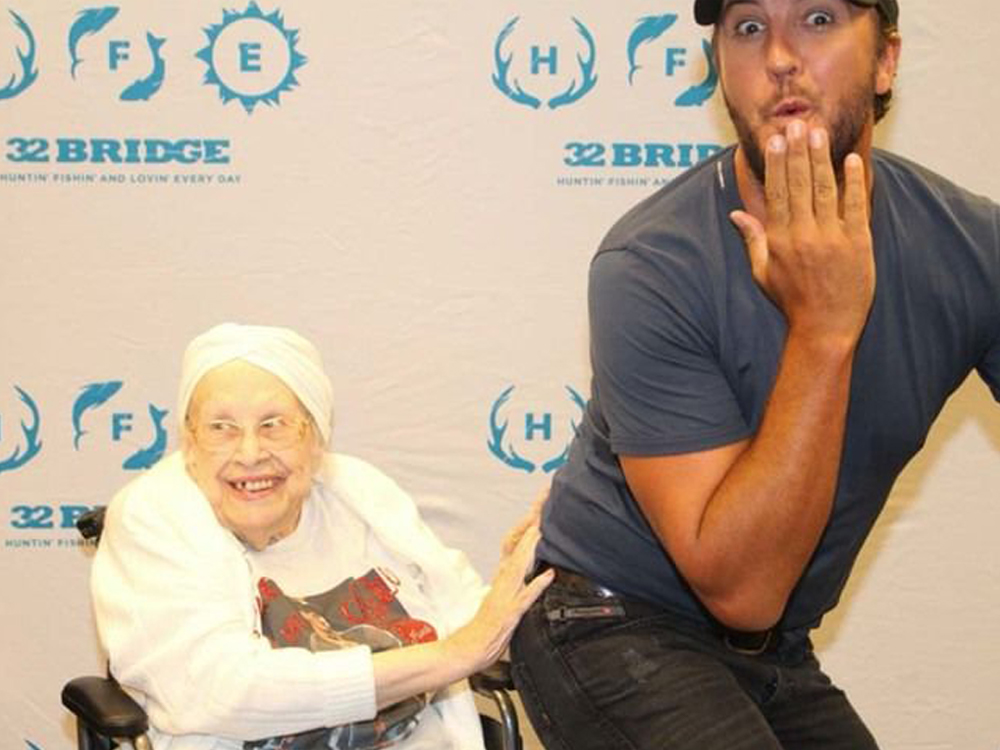 Luke Bryan Puts a Smile on the Face of 88-Year-Old Fan With Terminal Illness