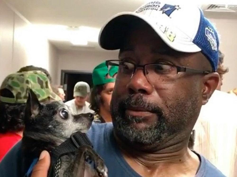 Social Media Roundup: Darius Rucker's Little Dog Staredown, Sam Hunt's Wild Boat Ride, Kip Moore's Dancing & More