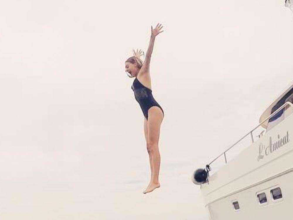 Social Media Roundup: Kelsea Ballerini's Free Fall, The Dixie Chicks' Tease, Lady Antebellum's Home & More