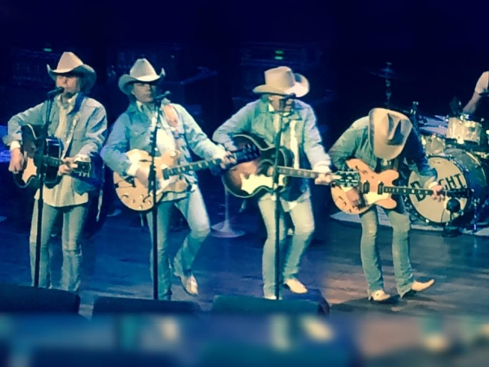 Turn It On, Turn It Up, Turn Me Loose: Dwight Yoakam to Curate New SiriusXM Channel