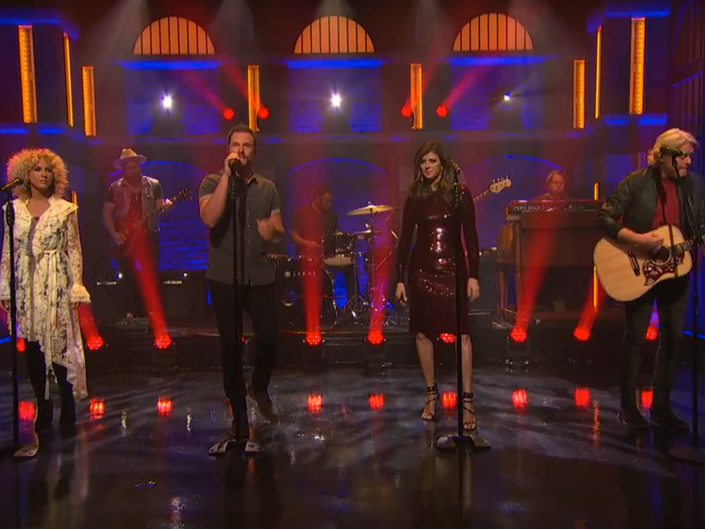 "Watch Little Big Town Perform ""When Someone Stops Loving You"" on ""Seth Meyers"""