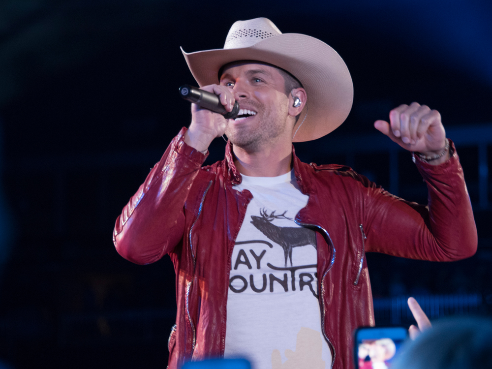 Watch Dustin Lynch Add the Assist as Couple Gets Engaged During His Concert