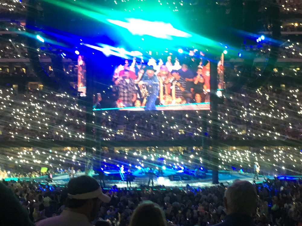 "Watch Garth Brooks Perform ""The Devil Went Down to Georgia"" in Front of 73,000 Fan in Atlanta"